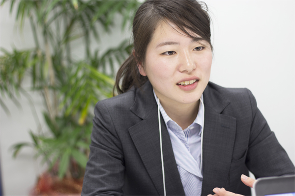 市場の成長に魅力を感じ、ネット広告の業界へ。インターン生の椛澤さんにインタビュー!!